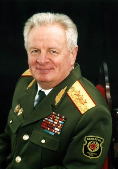 Петр Чаус