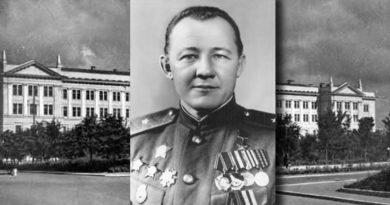 Генерал-лейтенант Мальков Дмитрий Кузьмич