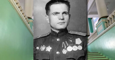 Герой Советского Союза генерал-майор Петр Родионович Саенко