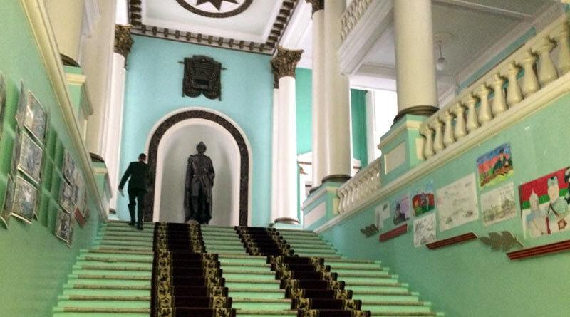 Лестница в Минском СВУ