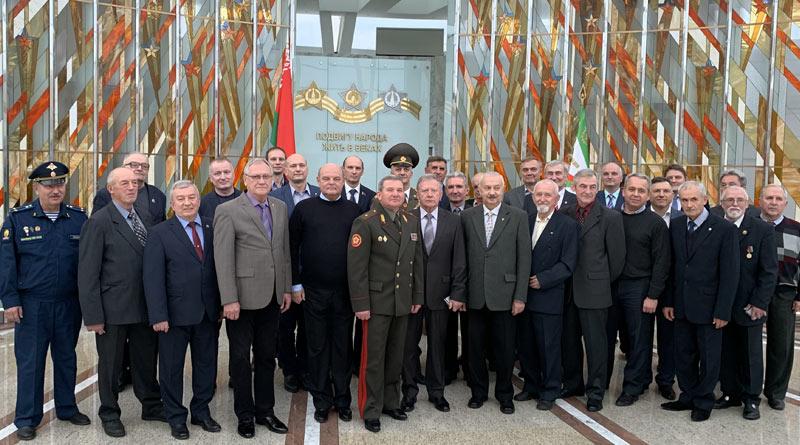 Награждение медалью 75 лет освобождения Беларуси
