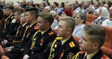 Суворовцы посетили ветеранов